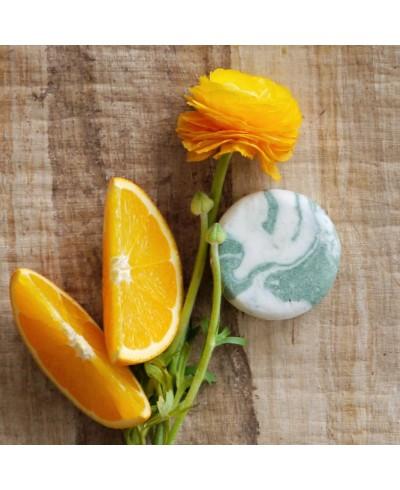Pomaranč a eukalyptus - žihľavový šampúch